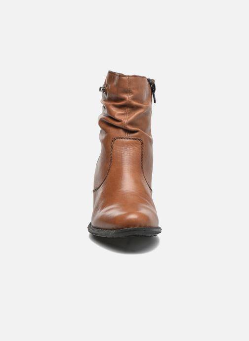 Bottines et boots Rieker Lina Z7651 Marron vue portées chaussures