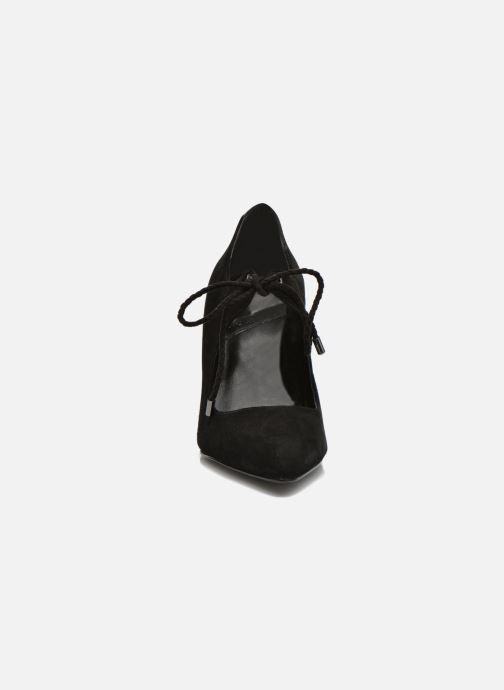 Zapatos de tacón What For Okil Negro vista del modelo