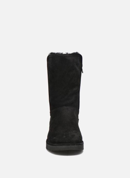 Bottines et boots UGG Abree Short II Noir vue portées chaussures