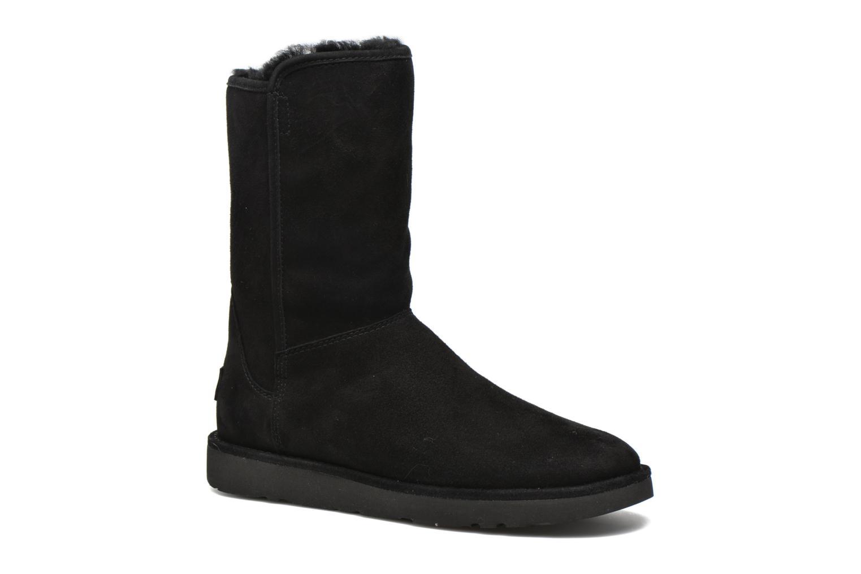 Bottines et boots UGG Abree Short II Noir vue détail/paire
