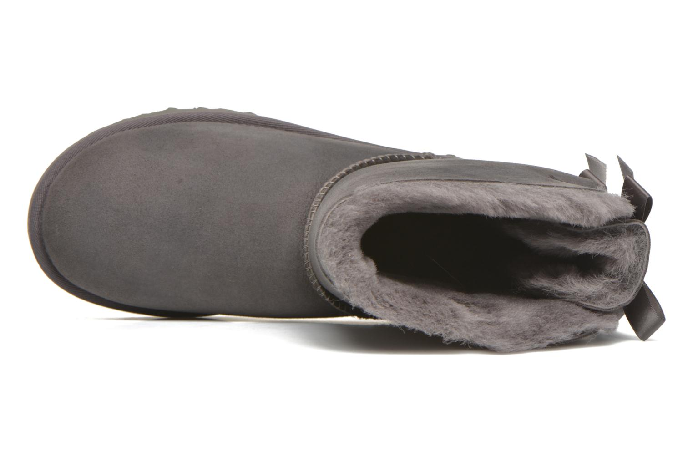 Stiefeletten & Boots UGG W Bailey Bow II grau ansicht von links
