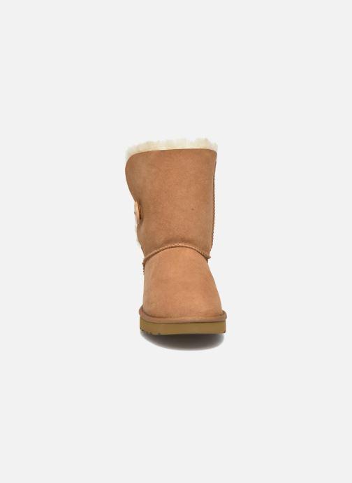 Bottines et boots UGG W Bailey Button II Marron vue portées chaussures