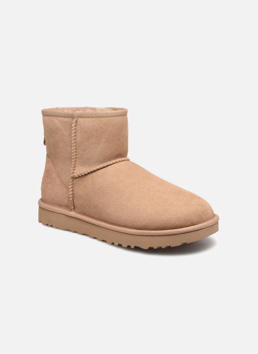 Bottines et boots UGG W Classic Mini II Beige vue détail/paire