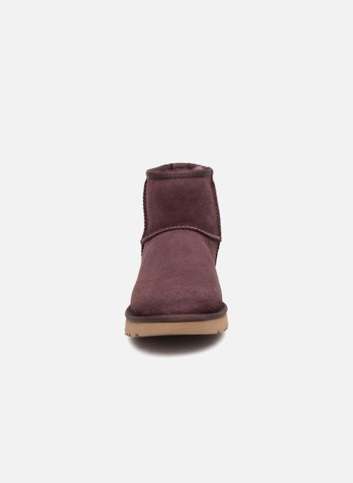 Bottines et boots UGG W Classic Mini II Bordeaux vue portées chaussures