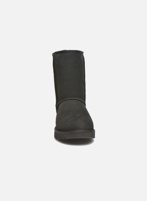 Bottines et boots UGG W Classic Short II Noir vue portées chaussures