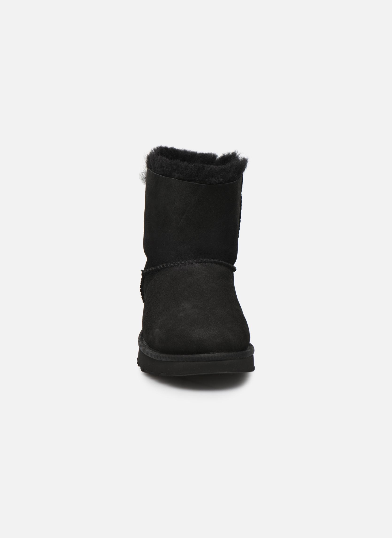 Boots UGG W Mini Bailey Bow II Svart bild av skorna på