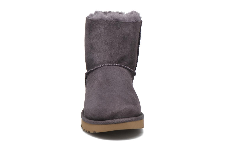 Bottines et boots UGG W Mini Bailey Bow II Violet vue portées chaussures
