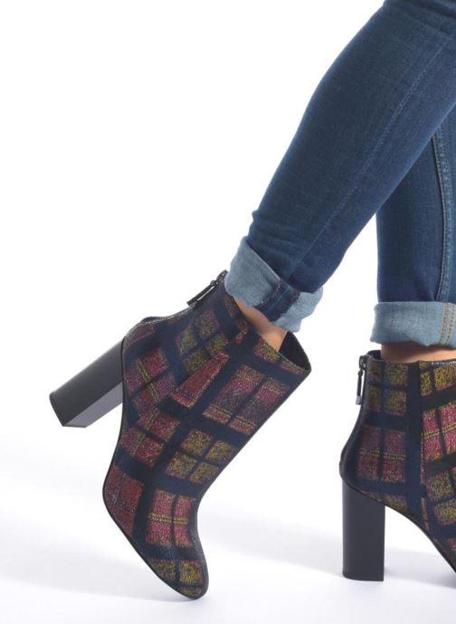 Ankle boots What For Zille Blue view from underneath / model view
