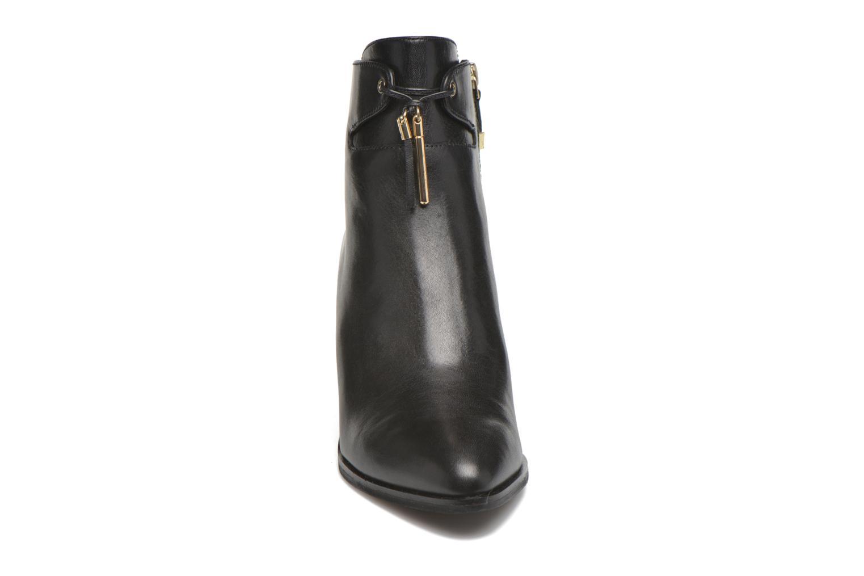 Bottines et boots What For Waz Noir vue portées chaussures