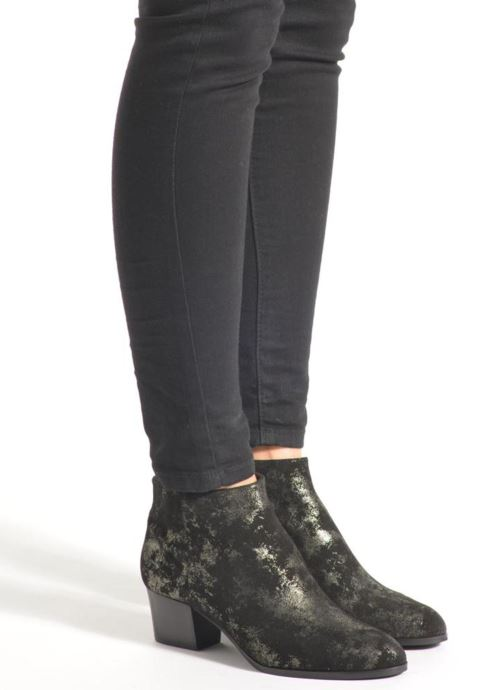 Ankle boots What For Hecol Black view from underneath / model view