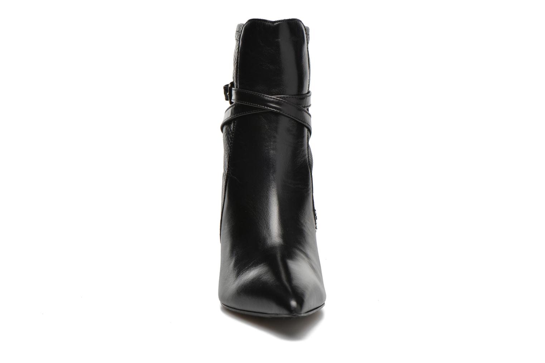 Bottines et boots Elizabeth Stuart Brook 529 Noir vue portées chaussures