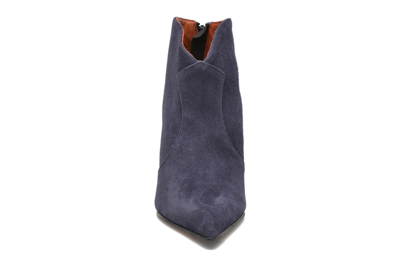 Ankle boots Elizabeth Stuart Boheme 334 Blue model view
