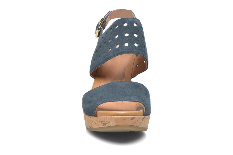 Sandales et nu-pieds Stonefly Marlene 19 Velour Bleu vue portées chaussures