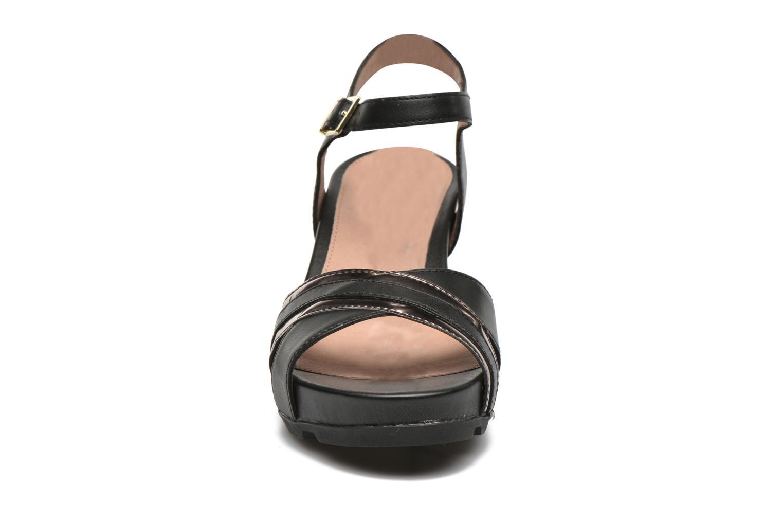 Sandales et nu-pieds Stonefly Anita 4 Noir vue portées chaussures