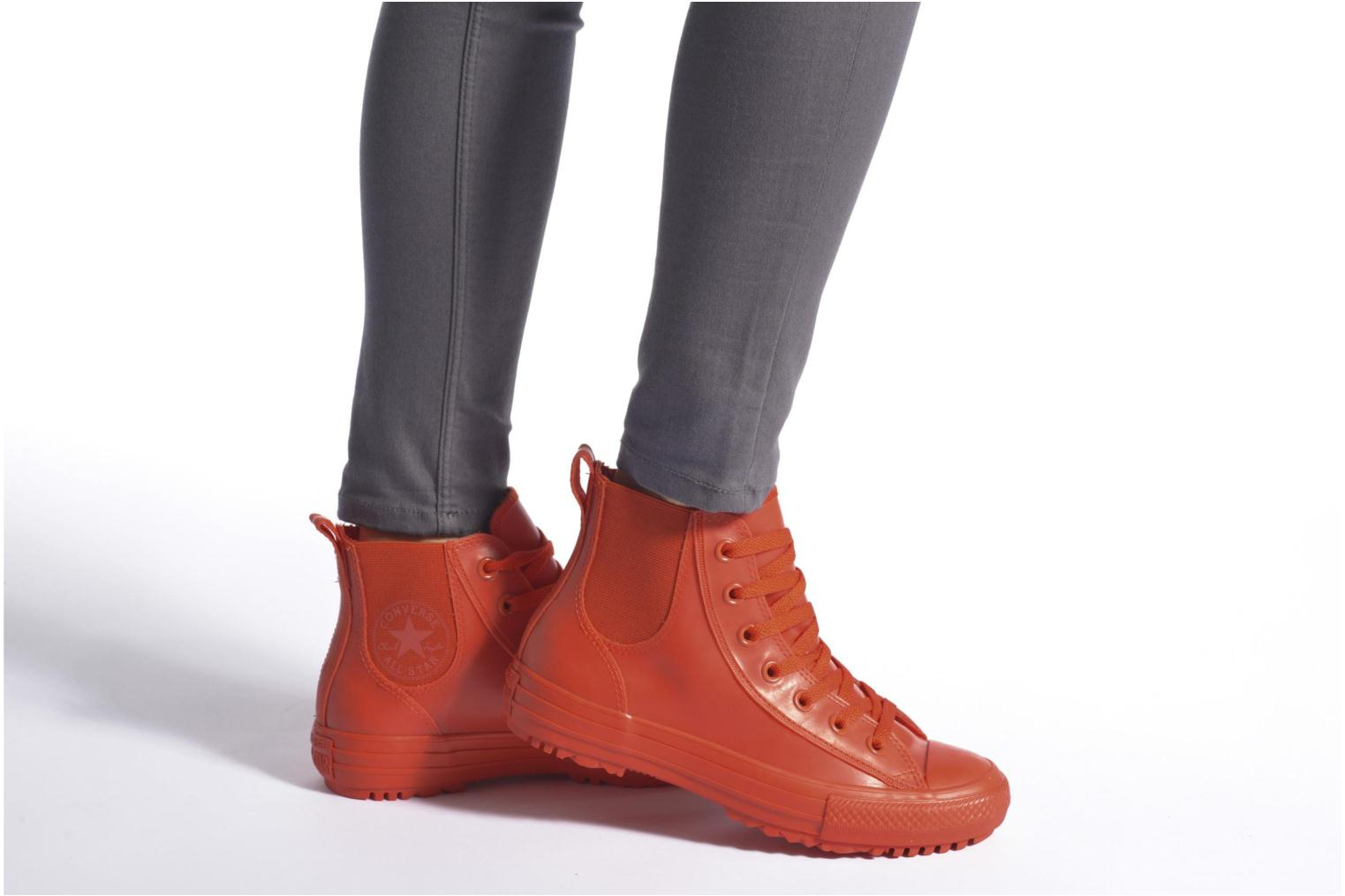 Trainers Converse Ctas Chelsea Boot Rubber Hi Red view from underneath / model view
