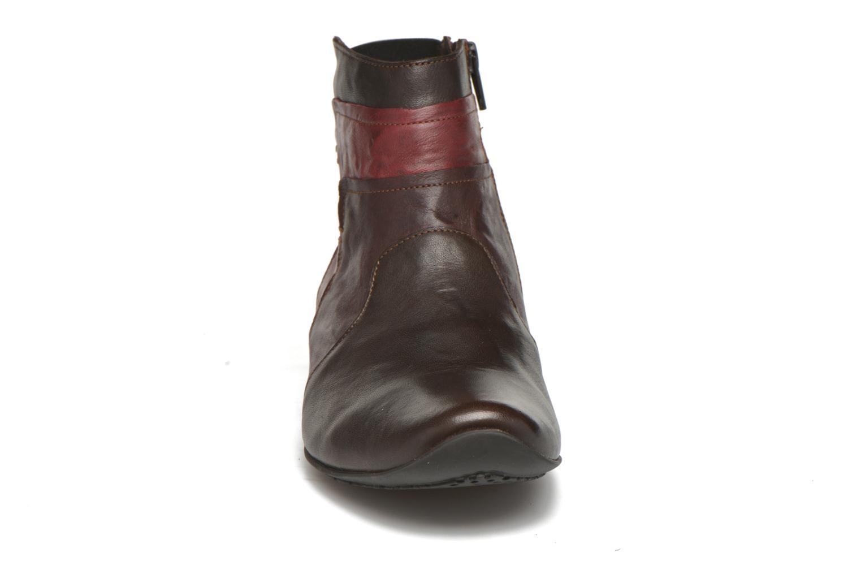 Bottines et boots Think! Chili 87109 Marron vue portées chaussures