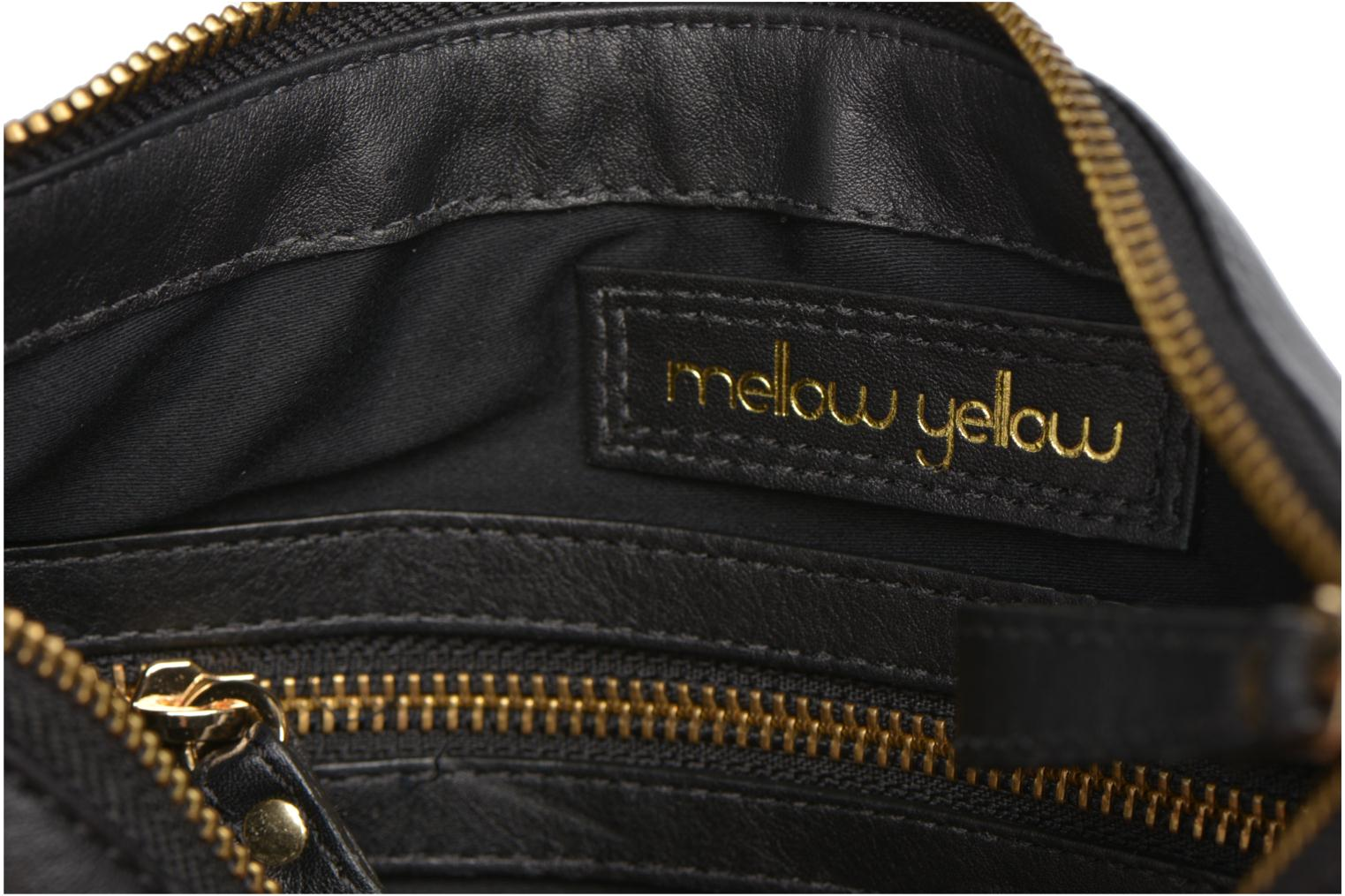 Handbags Mellow Yellow AMANDINA Porté travers à franges Black back view