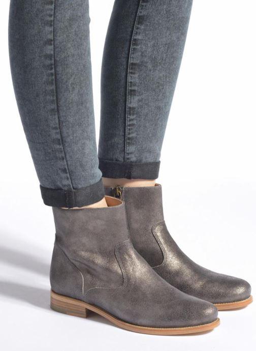 Bottines et boots Bensimon Boots croute velours plate Gris vue bas / vue portée sac