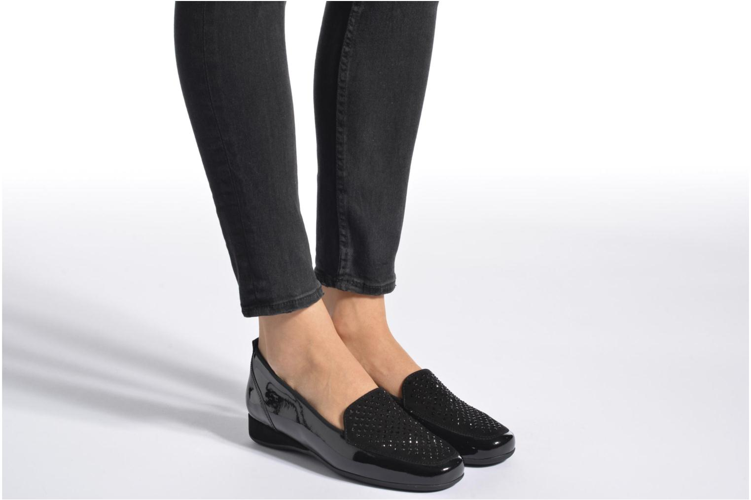 Loafers Hassia Petra 1744 Black view from underneath / model view