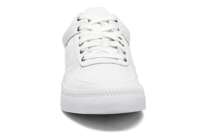 Baskets Diesel S-Spaark Low Blanc vue portées chaussures