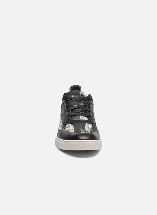 Baskets Diesel S-Hype Noir vue portées chaussures