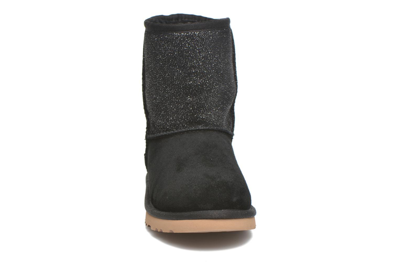Stiefel UGG Classic Short Serein schwarz schuhe getragen