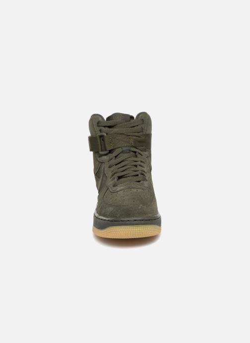 Sneaker Nike Air Force 1 High Lv8 (Gs) grün schuhe getragen
