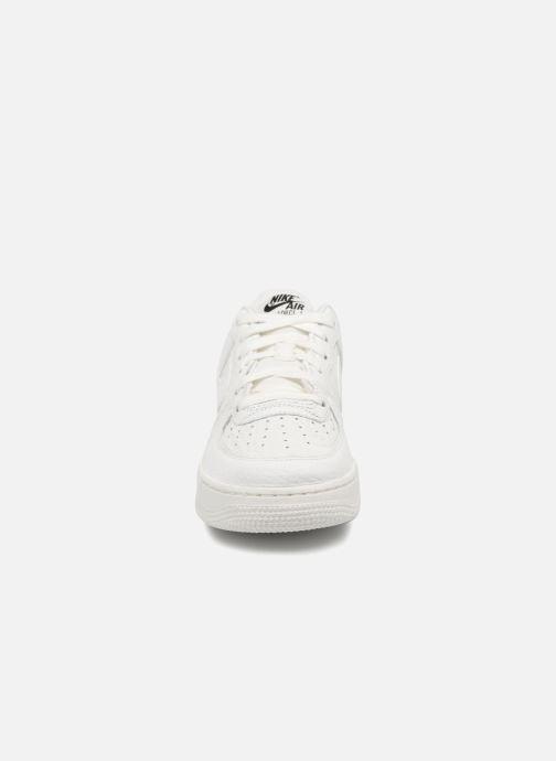 Nike Air Force 1 Lv8 (Gs) (Bianco) Sneakers chez Sarenza