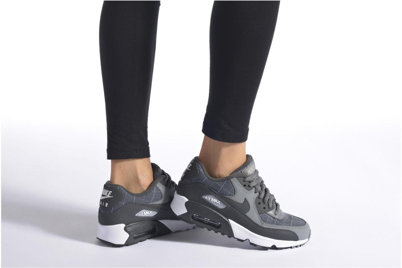 Baskets Nike Nike Air Max 90 Se Ltr (Gs) Gris vue bas / vue portée sac