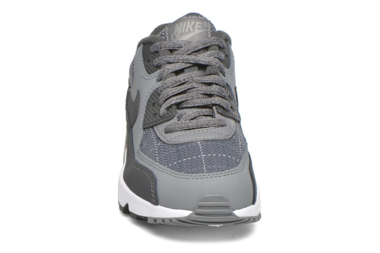 Baskets Nike Nike Air Max 90 Se Ltr (Gs) Gris vue portées chaussures