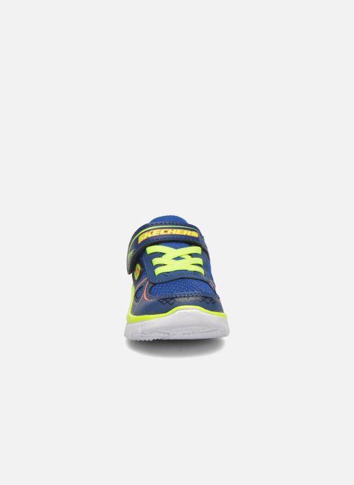 Baskets Skechers Flex Advantage Mini Race Bleu vue portées chaussures