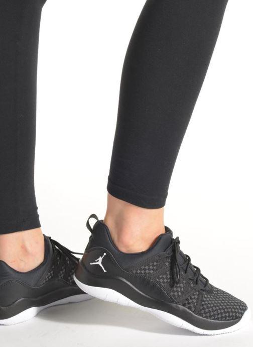 Baskets Jordan Jordan Deca Fly Gg Noir vue bas / vue portée sac