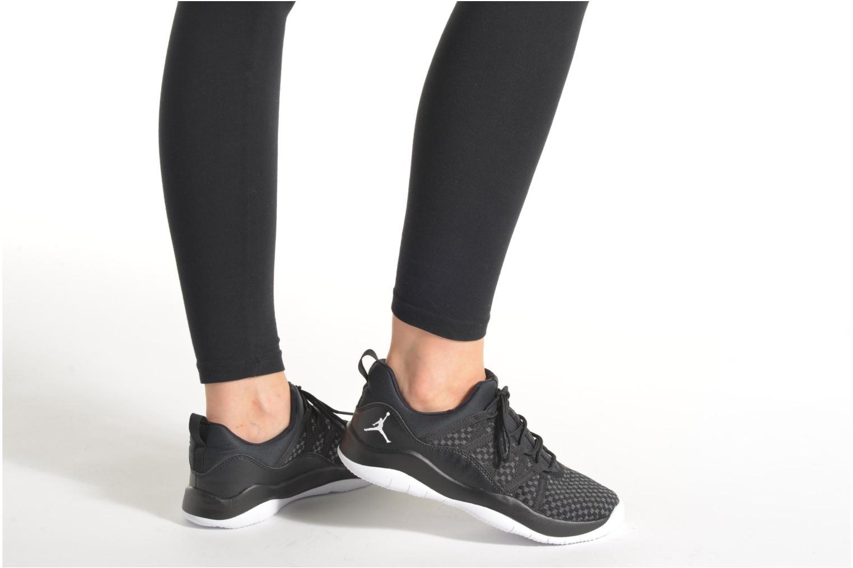 Sneakers Jordan Jordan Deca Fly Gg Sort se forneden