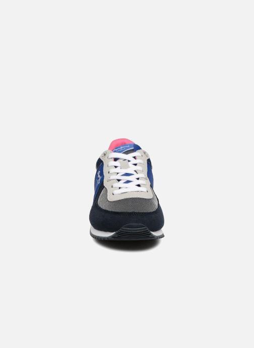 Sneakers Pepe jeans Sydney stars Azzurro modello indossato