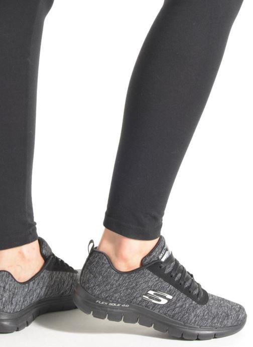 Sneaker Skechers Flex Appeal 2.0 blau ansicht von unten / tasche getragen