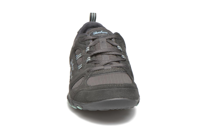 Sneaker Skechers Breathe-Easy - Good grau schuhe getragen