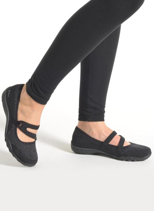 Ballet pumps Skechers Breathe-Easy - Lucky Black view from underneath / model view