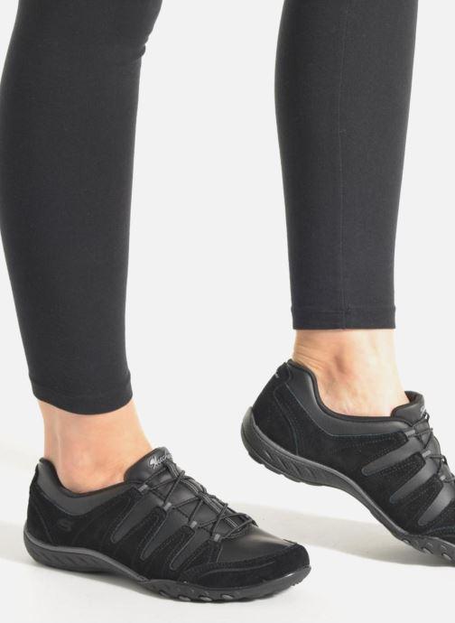 Sneakers Skechers Breath-Easy-Tuned In Svart bild från under