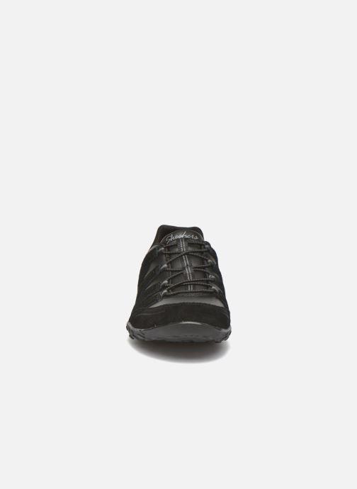 Sneakers Skechers Breath-Easy-Tuned In Svart bild av skorna på