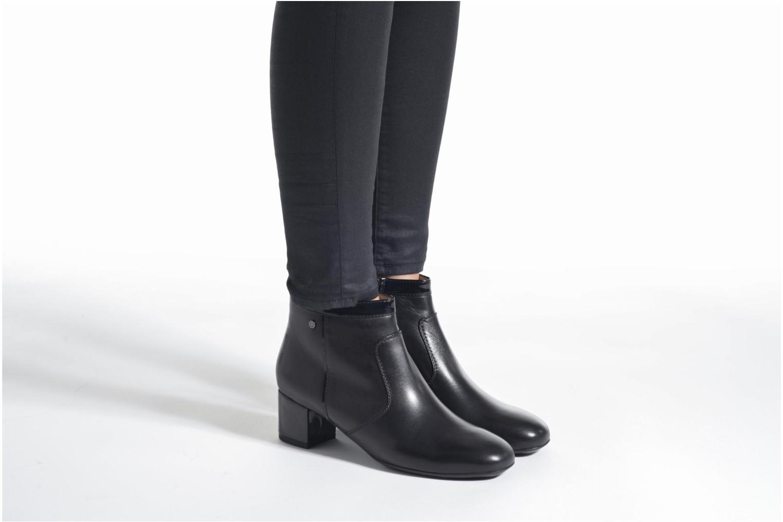 Bottines et boots Stonefly Lory 12 Noir vue bas / vue portée sac