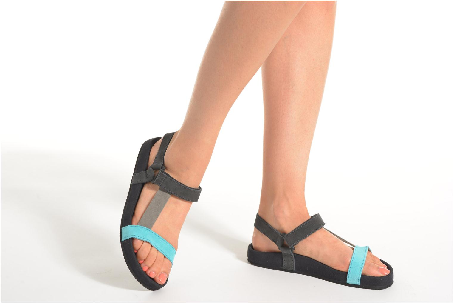 Sandals Coolway Salto Black view from underneath / model view