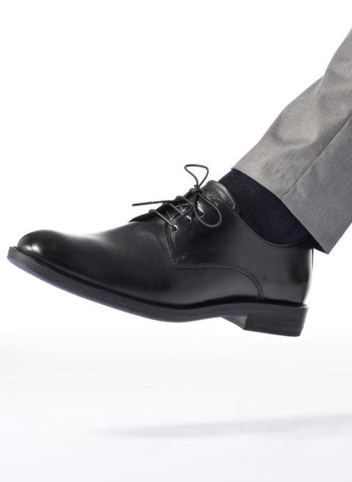 Chaussures à lacets Mr SARENZA Nills Bordeaux vue bas / vue portée sac