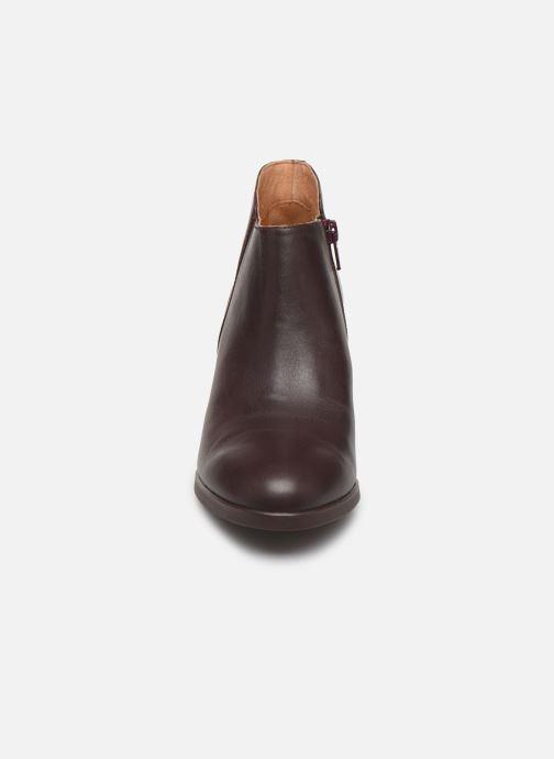 Bottines et boots Camper Lea K400107 Bordeaux vue portées chaussures