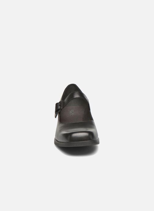 Ballerines Camper Kobo K200218 Noir vue portées chaussures