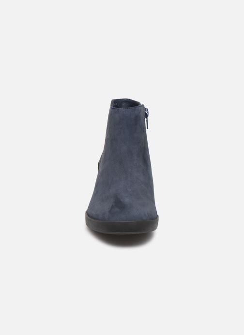Bottines et boots Camper Lotta K400145 Bleu vue portées chaussures