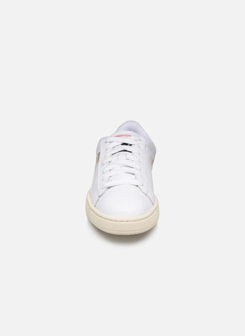 Baskets Puma Basket Classic Lfs W Blanc vue portées chaussures