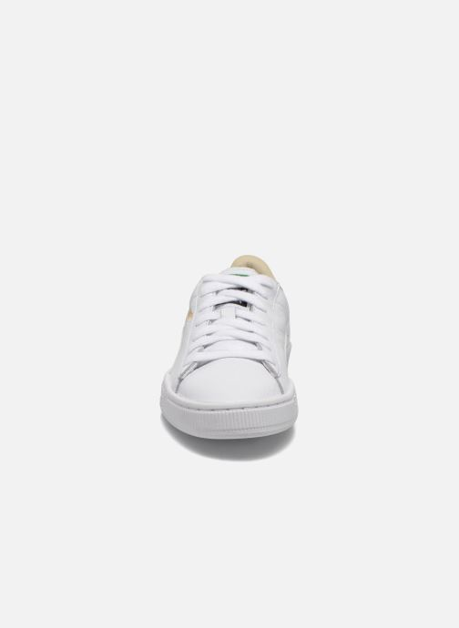 Baskets Puma Basket Classic Lfs Blanc vue portées chaussures