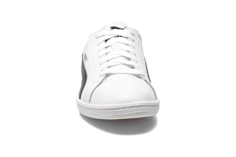 Baskets Puma Puma Smash Leather Blanc vue portées chaussures