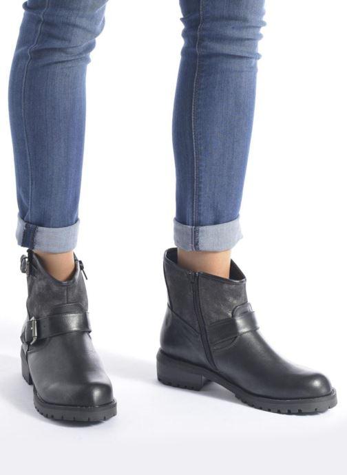 Bottines et boots Kaporal Nael Noir vue bas / vue portée sac