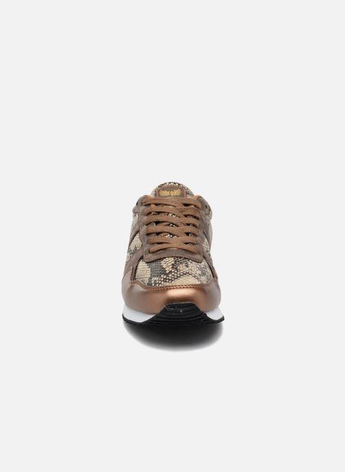 Baskets Kaporal Jemma Or et bronze vue portées chaussures